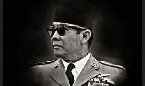Kaos The World Leader The profil kushendratmosulistyo halaman 1 sribu