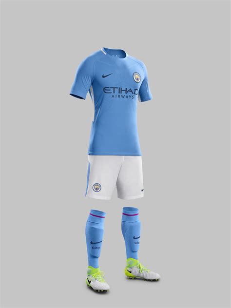 years  nike reinvents  classic  manchester citys   home kit nike news