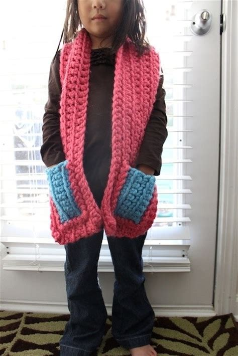 knitting pattern scarf with pockets chunky knit pocket scarves by jaime ca flowers