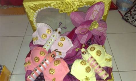 Tali Bra X Kupu Kupu Butterfly X 10 seserahan ini bakal mengecohmu saking lucunya padahal isinya pakaian dalam wanita
