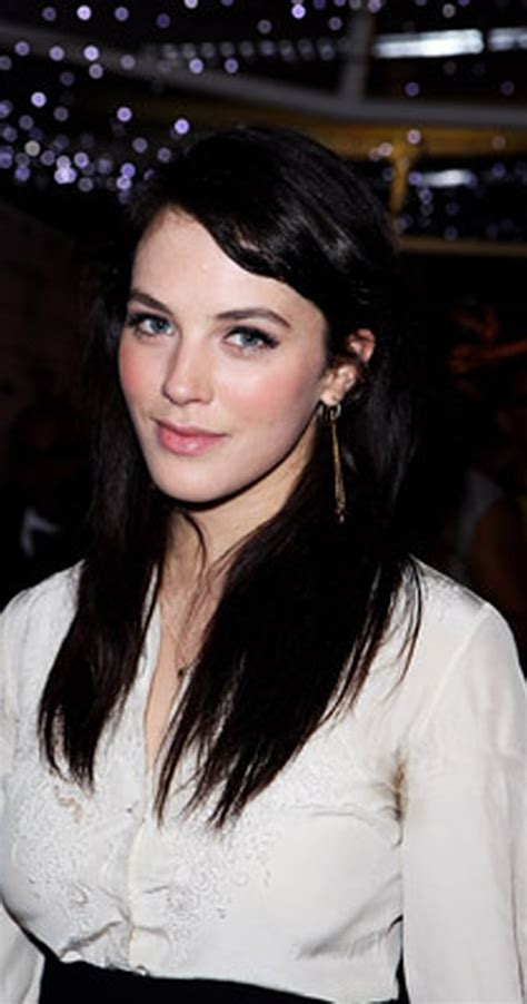 tall dark haired actresses in their 30s jessica brown findlay imdb