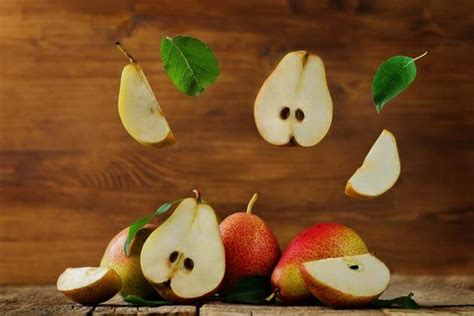 can dogs pears can dogs eat pears is pear a healthy food for dogs