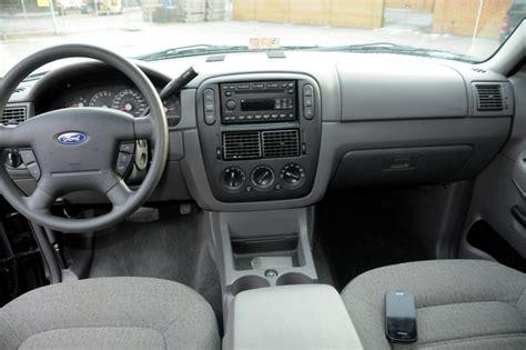 Ford Explorer 2005 Interior 2005 ford explorer interior pictures cargurus