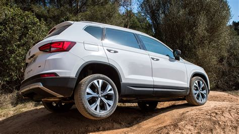 seat ateca  tdi  drive  review car magazine