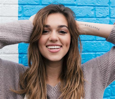 sadie robertson hairstyles for 2018 sadie robertson chronicles her journey to peace in live
