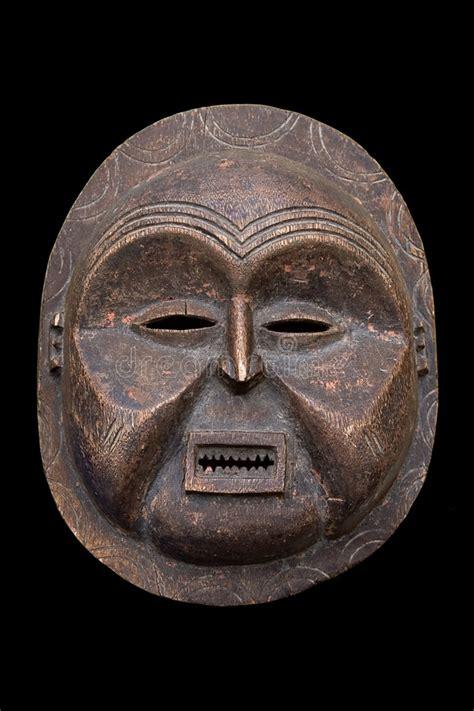 Masker Cultusia antiek afrikaans masker stock afbeelding afbeelding bestaande uit historisch 2120127