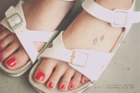 korean simple tattoo tiny tattoos seoeon feel desain
