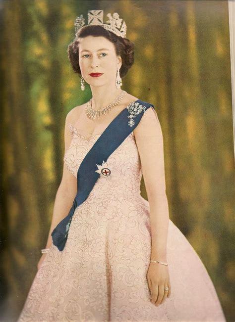 katie couric queen elizabeth 104 best queen elizabeth ii images on pinterest the