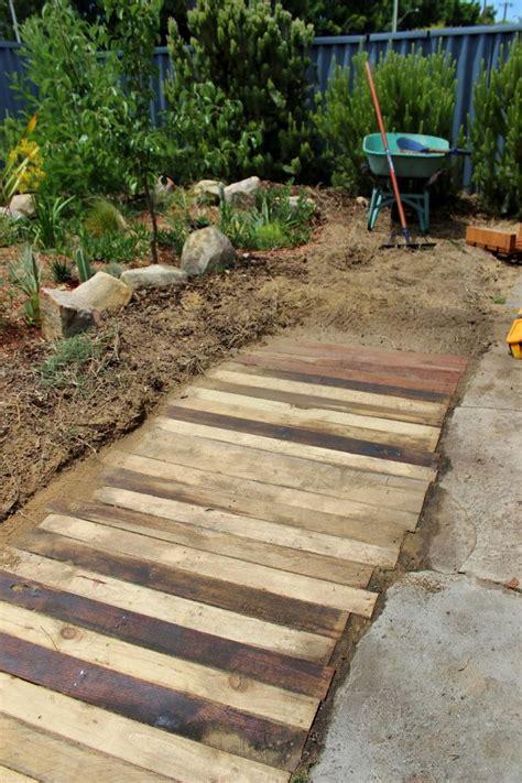 backyard pathway ideas best 25 wooden walkways ideas on pallet