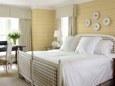 beautiful yellow bedrooms 20 beautiful yellow bedroom ideas