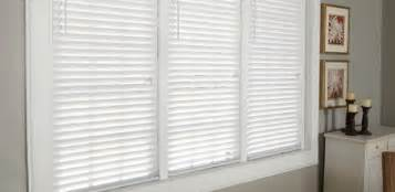 2 1 2 Inch Faux Wood Blinds Tri Star Interiors Quality Floor And Window Coverings At