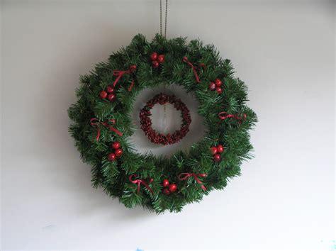 images of christmas on pinterest christmas wreath christmas cheer pinterest