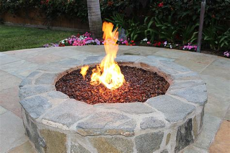 Outdoor Burn Pit Discover In Ground Pit Ideas Pebbles And Glass