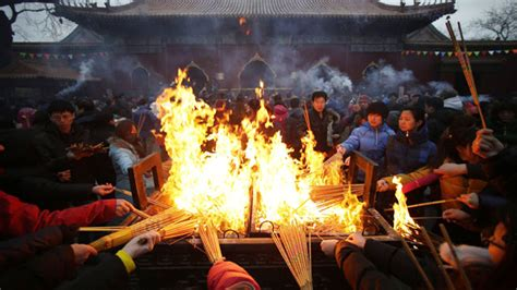 burning money for new year why burn hell money on of lunar new year