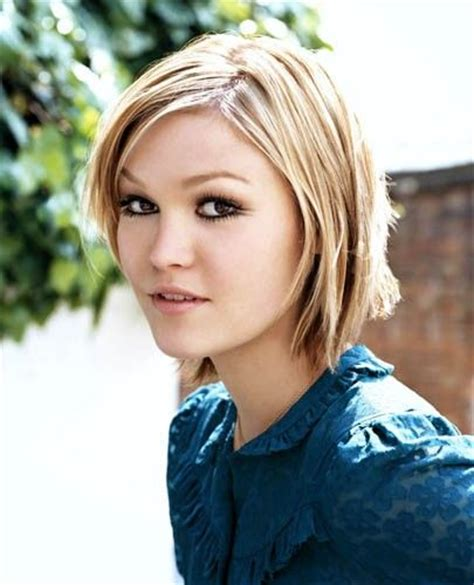 birthing hairstyles julia stiles is the face of rachel vanderbilt wolfe a