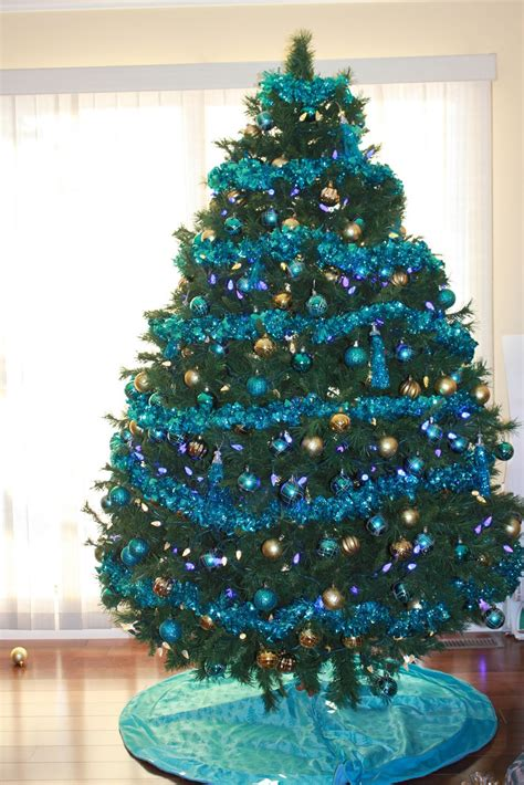Blue christmas tree related keywords amp suggestions blue christmas