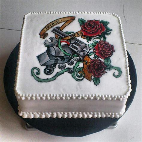 tattoo gun birthday cake old school tattoo cake handpainted cakecentral com