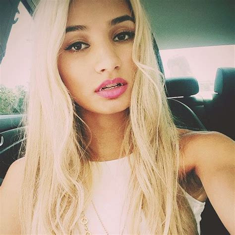 kaitlin menza 5 things you need to know about pia mia ok magazine