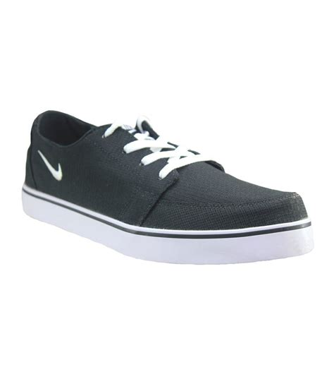 black sport shoes nike black sport shoes price in india buy nike black