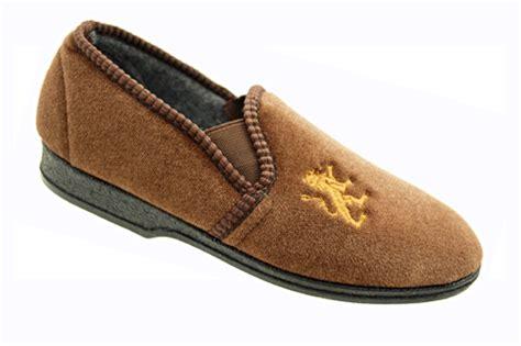 boys slippers size 2 boys velour rubber soles elastic gusset slippers size 11