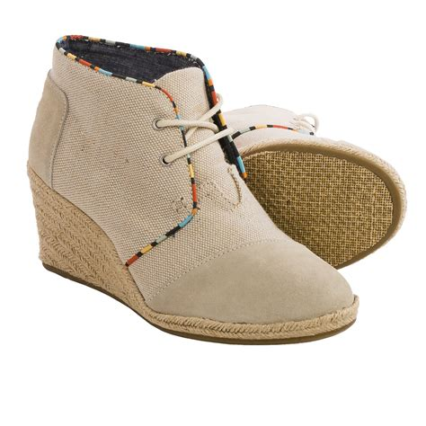 toms desert wedge ankle boots for