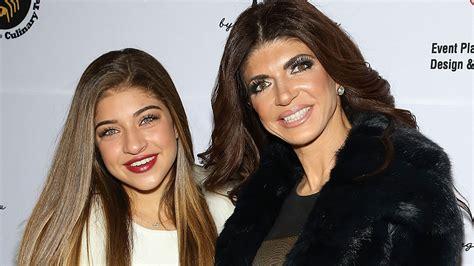 teresa giudice and gia 15 things to know about teresa giudice s daughter gia