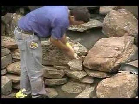 Ponds Free Look 100gr Foam using foam to fill the cracks in your living pond