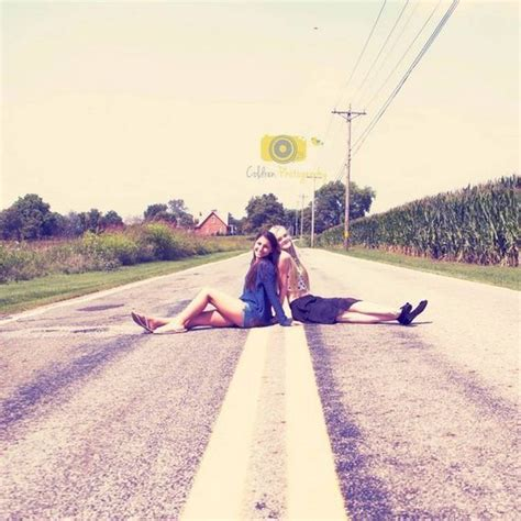 impossibly best friend photography ideas barnorama