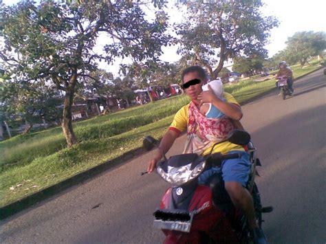 Gendongan Bayi Untuk Naik Sepeda Motor sabuk bonceng anak solusi tepat dan brilian bagi orang tua