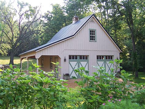 Garages That Look Like Barns by Detached Garage Designs On Pinterest