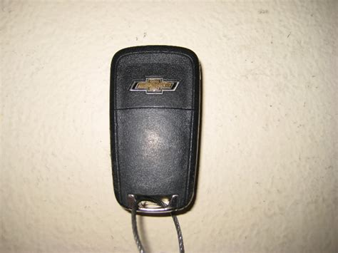 gm chevrolet equinox key fob battery replacement guide 002