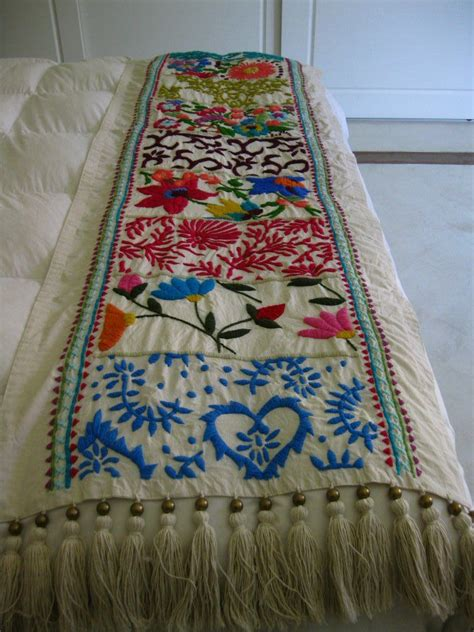 Mexican Embroidered Bedding | 48 karam hecho a mano mexican decoration pinterest