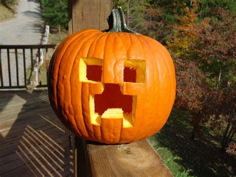 simple pumpkin ideas 1000 ideas about easy pumpkin carving on