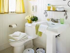 Decorating Small Bathrooms by Decorate Your Small Bathroom Wechengdu Org