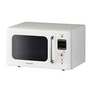 How To Use Daewoo Microwave Oven Daewoo Retro Microwave Oven 0 7 Cu Ft Creme White 700w