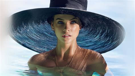 hm model hat swim sea summer blue wallpaper