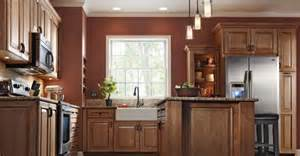 Kitchen Wall Colors Lowes Kraftmaid Granville Maple In The Kitchen
