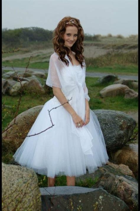5 Pretty White Things To Wear From Around The World by 17 Best Images About Pretty White Dresses On
