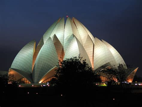 Who Built Lotus Temple Historical Dreams