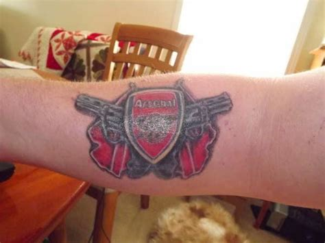 ozil tattoo lapercygo top 20 arsenal tattoos you will adore