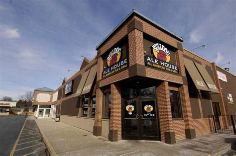 bulldogs ale house bulldog ale house coming to former rolling meadows chili s