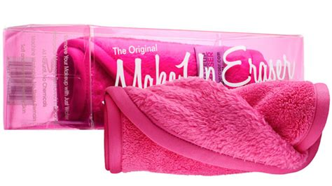 makeup eraser review this towel is the lazy answer to