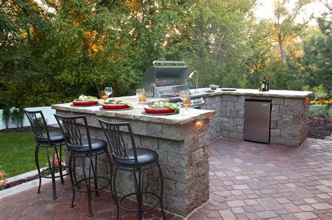 outdoor kitchen ideas patio traditional with brick patio