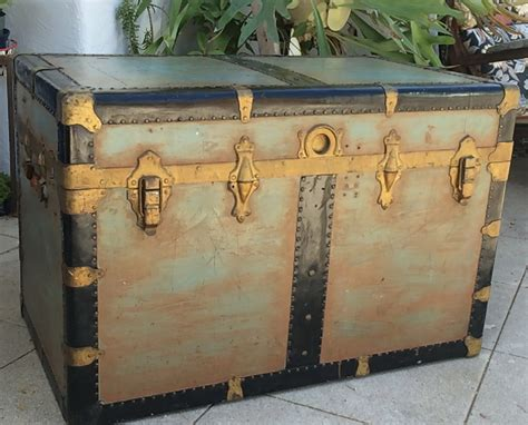 vintage xl steamer trunk coffee table steampunk storage