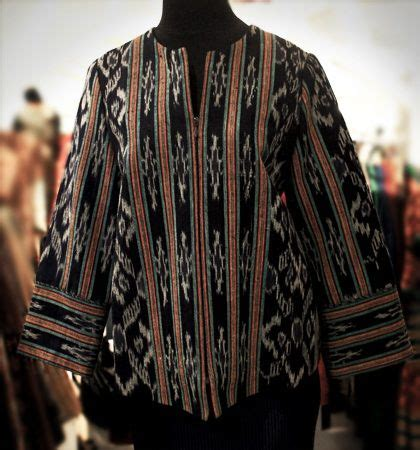 Sarimbit Batik Tania Cardigan 17 best images about songket tenun fashion on batik blazer kimonos and blazers