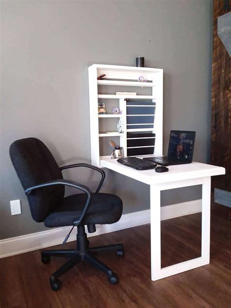 furniture choose   wooden gaming desk  match