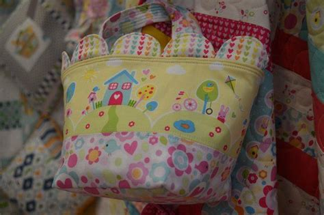 pin by lee riley on home sweet home pinterest sweet scalloped bag made in sweet home fabric by melly