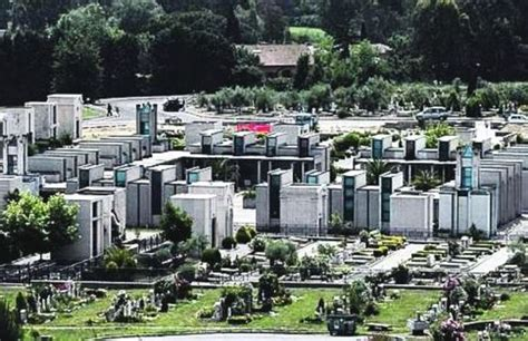 cimitero prima porta prima porta lo scandalo delle sepolture centinaia di bare