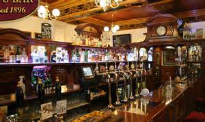 Top Bars Edinburgh Leslie S Bar Real Ale Pub Edinburgh Established 1896