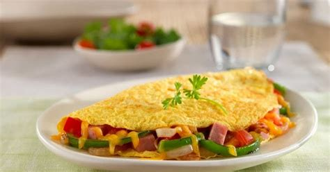 membuat omelet ala hotel resep omelet telur ala spanyol